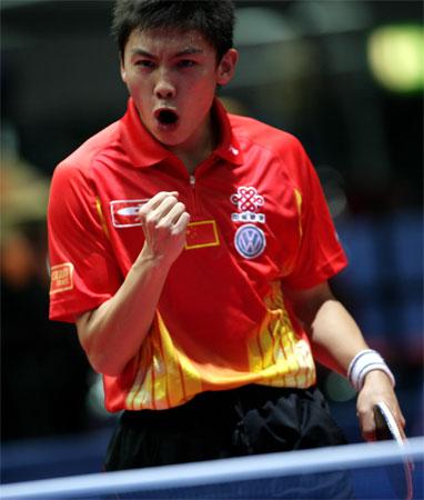 图文:中国3-0法国 陈玘握拳怒吼庆祝胜利