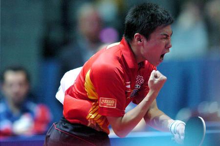 图文:中国淘汰法国进四强 陈玘挥臂庆祝
