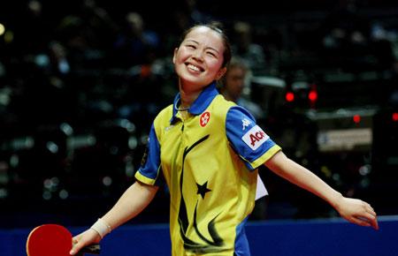 图文:中国香港不敌中国 帖雅娜在比赛中