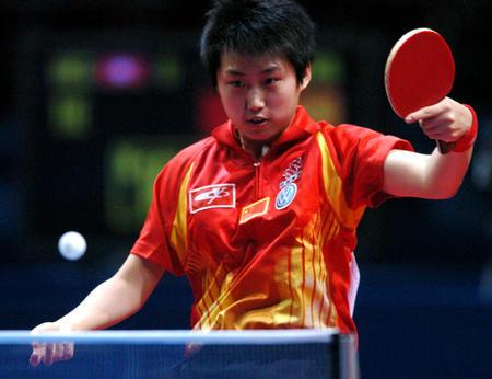 图文:中国夺得世乒赛女团冠军 郭跃不敌帖娅娜