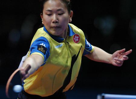 图文:中国队夺得世乒赛女团冠军 柳絮飞
