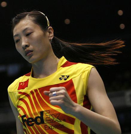 图文:尤伯杯中国五连冠 张宁给自己鼓劲
