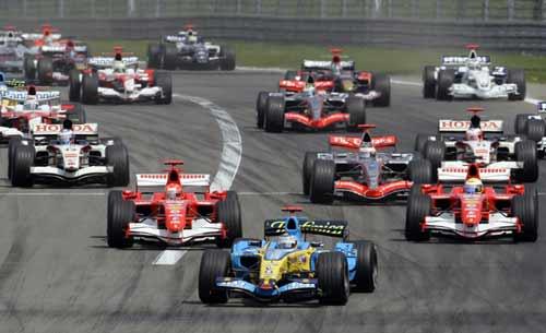 F1欧洲大奖赛第15圈 威廉姆斯车手韦伯退出比赛