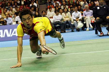 图文:中国男队勇夺汤姆斯杯 林丹胜盖德