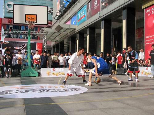 361娱乐国际平?_cctv-361°娱乐篮球路演背后的故事
