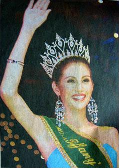 泰国2006年人妖小姐出炉 比赛收入全捐王室(图)