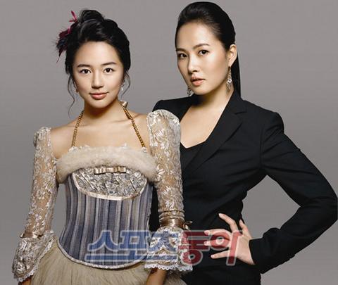 尹恩惠金善雅广告照 两大美女性感比拼(组图)