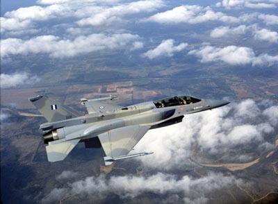 希腊土耳其战机在爱琴海相撞后坠毁 搜救已展开