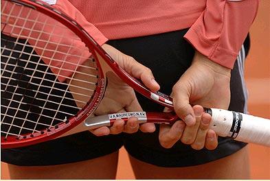 网球猜猜猜:谁能猜出这是哪位美少女的美臀?