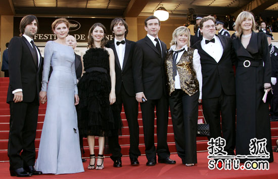 《绝代艳后》首映 众多主创及众巨星携手亮相