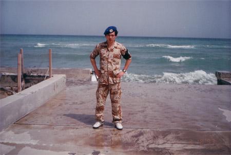 图文:苏东酷图欣赏 穿联合国维和部队军服