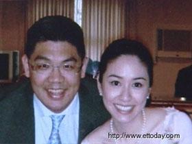 连胜文表示盼明年6月纽约结婚 可做到滴水不漏
