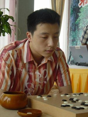 图文:第20届天元战决胜局 古力卫冕充满信心