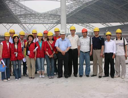 建设中的南通体育会展中心
