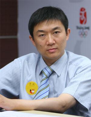 亚之杰总经理李伟做客搜狐