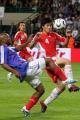 图文:世界杯热身法国VS中国 张耀坤防守