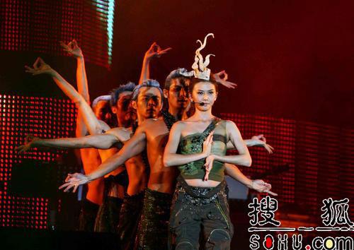 孙燕姿重庆演唱会拉开序幕 带来惊喜连连(图)
