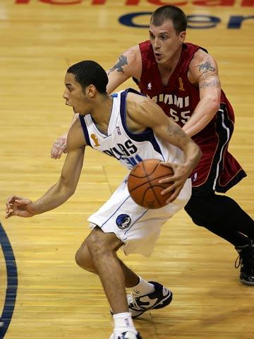 奥尼尔/北京时间6月9日9时,2005/06赛季NBA总决赛开始首场角逐。