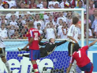 幻灯:世界杯揭幕战第六个入球 弗林斯的世界波