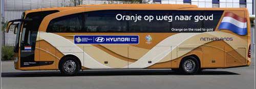 2006德国世界杯32强专用大巴 荷兰队(图)