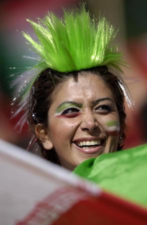 图文:墨西哥3-1伊朗 伊朗球迷为球队加油