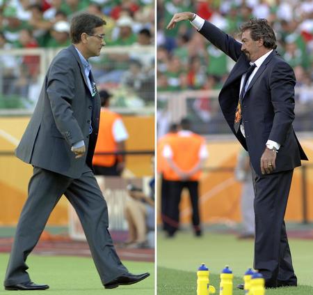 图文:墨西哥3-1伊朗 两主帅各自指挥