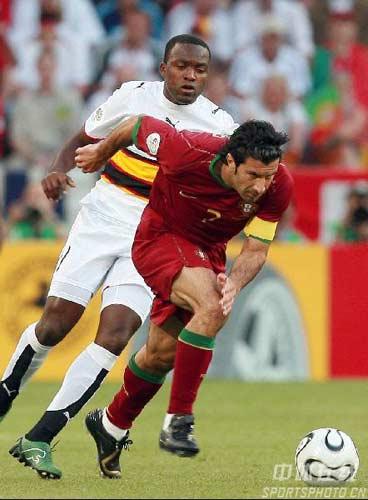 组图:葡萄牙1比0鏖战安哥拉 菲戈表现神勇