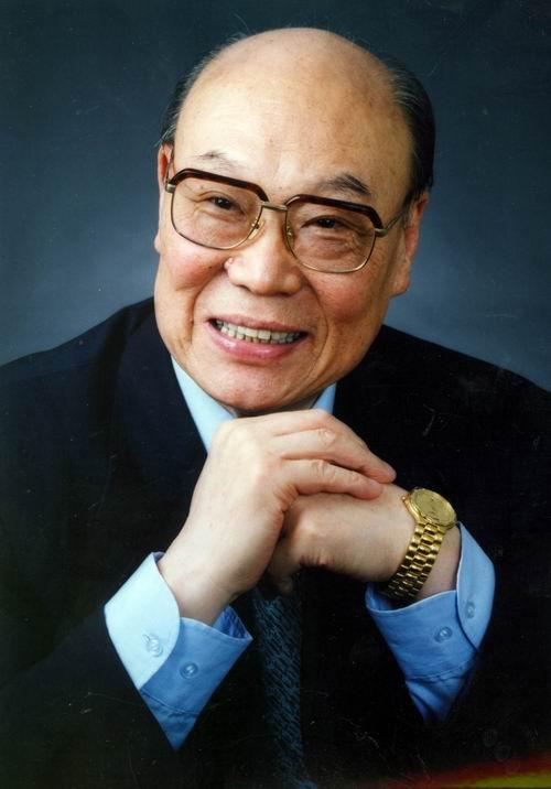 图:《红旗飘飘》演唱会星光耀眼—刘秉义