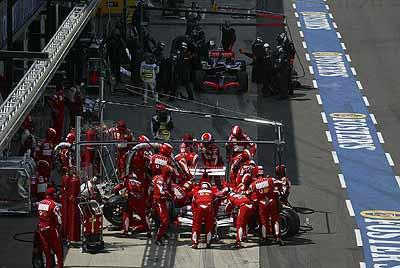 普利司通和法拉利获得F1英国大奖赛亚军