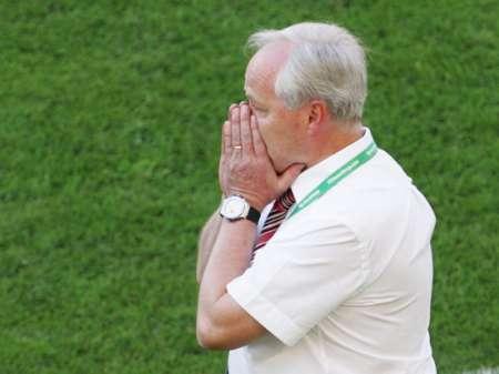 图文:法国0-0瑞士 瑞士主帅风采