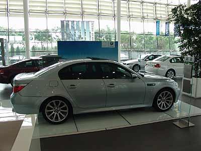 宝马家族萌奇葩 BMW M5和BMW M6花落燕宝
