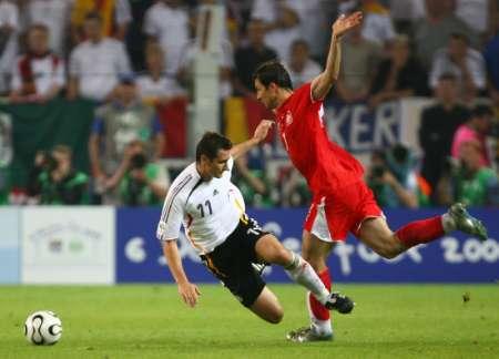 组图:德国1-0波兰 7号下场全过程
