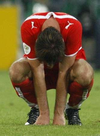 组图:德国1-0波兰 波兰队员无颜以对