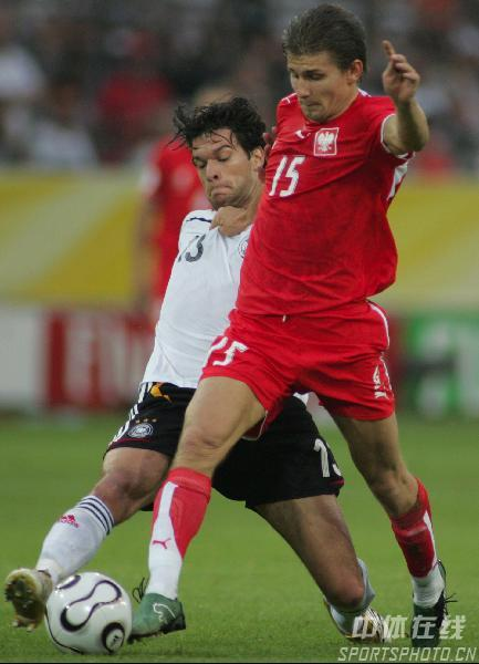 """组图:德国1-0波兰  德国""""洪水""""冲毁波兰"""