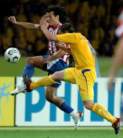 图文:瑞典1-0巴拉圭 林德罗斯永不放弃
