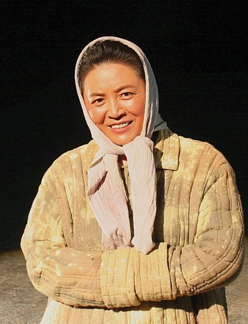 图:话剧《棋盘岭传》演员—张丽萍