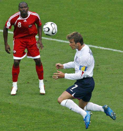 组图:英格兰击败特立尼达和多巴哥 小贝甩头