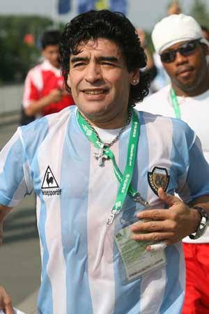 马拉多纳附体阿根廷队 赛后筋疲力尽嗓音亦沙哑