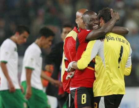 图文:墨西哥0-0安哥拉 安哥拉球员赛后表现