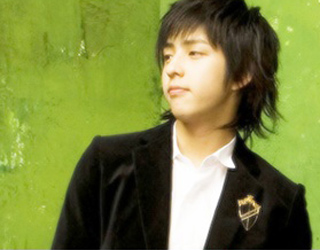 "Super junior私家档案:SJ的""F4""之一基范"