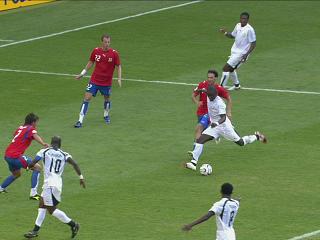 幻灯:捷克VS加纳第二粒进球 蒙塔里抽射破门