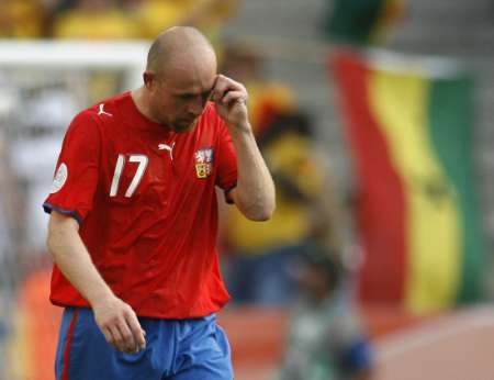 组图:捷克0-2加纳 捷克球员很失落