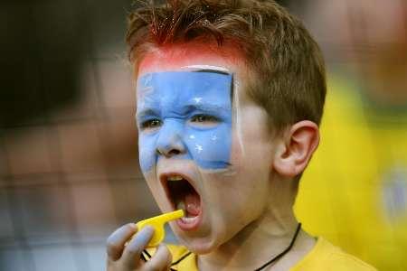 图文:巴西vs澳大利亚 澳大利亚小球迷