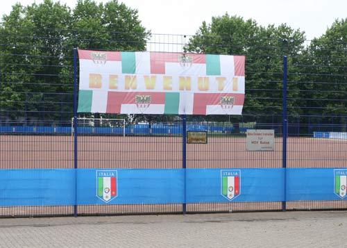 图文:搜狐采访意大利驻地 意大利训练场外景