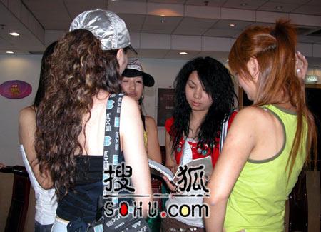 《梦想中国》北京赛区:女选手分组选歌