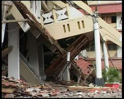 新闻会客厅:一对夫妻兵眼中的印尼救援