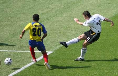 图文:厄瓜多尔VS德国 克洛斯拔脚怒射