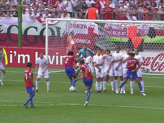 幻灯:哥斯达黎加VS波兰首粒进球 戈麦斯破门