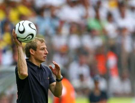组图:厄瓜多尔0-3德国 克林斯曼风采