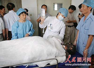 江苏吴江一化工厂发生严重爆炸7人受重伤(组图)